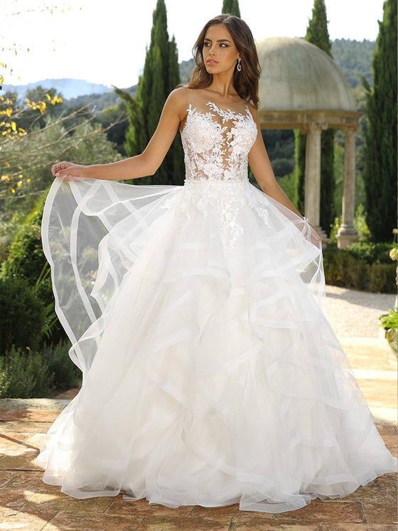 Vestido de novia princesa sin mangas parte delantera