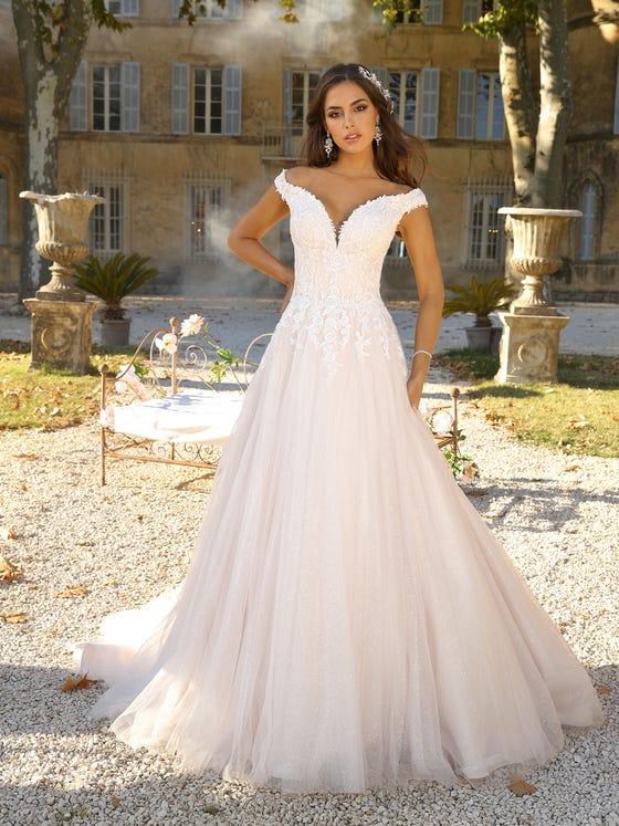 Vestido de novia corteena sin mangas parte delantera
