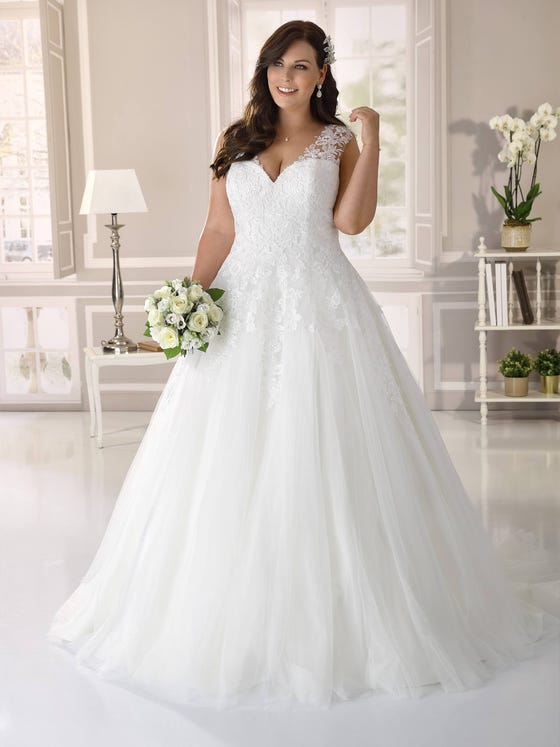 Wedding dress in size 48 or more? Ladybird Plussize collection - style LS421062